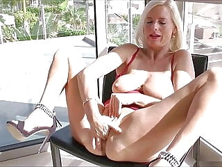 blonde sex toy upornia fingering