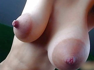 webcam close-up upornia nipples
