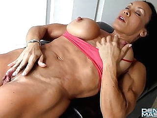 hd videos big clit upornia muscular woman