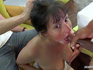 anal brunette upornia cumshot