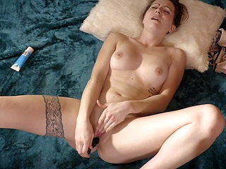 brunette hd upornia solo female